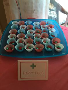Nurse Practioner Graduation Party Ideas Nurse Party, College Graduation Parties, Nursing School Graduation, Retirement Parties, Nursing Schools, Medical Party, Nurse Practioner, Doctor Party, Leaving Party