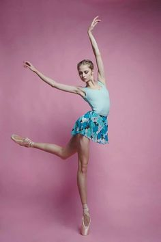 <<Vaganova Ballet Academy student Daria Ionova # Photo © Ira Yakovleva>>