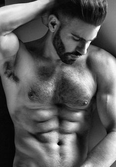 Hairy chest and a beard, died and gone to heaven <3