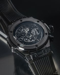 Hublot @Hublot  A watch which has nothing to hide, which fully reveals its construction and its movement. #BigBangSapphire All Black