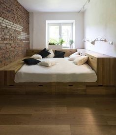 diy anleitung bett mit b cherwand selber bauen diy inspiration for a wooden bed craft. Black Bedroom Furniture Sets. Home Design Ideas