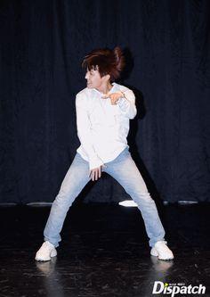 "J-Hope ❤ BTS X STARCAST! ""Let's see Best Of Me?""...BTS', start to a special choreo! Best Of Me special choreography on the 31st~ (Original article on: m.star.naver.com) #BTS #방탄소년단"