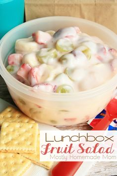Lunchbox Fruit Salad - Filled with strawberries, grapes, bananas, and yogurt, this fruit salad with no added sugar is the perfect non-sandwich lunchbox recipe! Lunch Box Recipes, Fruit Recipes, Cooking Recipes, Lunchbox Ideas, Salad Recipes, Recipies, Yummy Drinks, Delicious Desserts, Yummy Food
