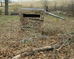 Hay bail blind deer stand pinterest hay for Mirror hunting blinds