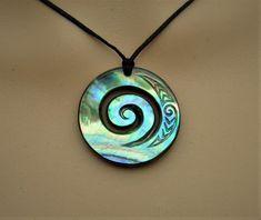 New Zealand Paua shell koru wave carving Moana style pendant | Etsy Paua Shell, Shell Pendant, Pendant Necklace, Maori Words, Maori Designs, Wave Design, Moana, Hand Engraving, Hippie Boho