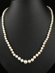 VINTAGE GRADUATED SALTWATER JAPANESE AKOYA PEARL NECKLACE 14CT GOLD CLASP - 128