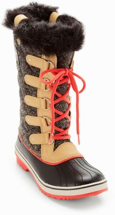 Cozy Sorel Winter Lace Up Boots