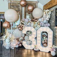30th Birthday Parties, 50th Birthday, Birthday Party Themes, Birthday Ideas, Birthday Balloon Decorations, Birthday Balloons, Deco Ballon, Partys, Birthdays