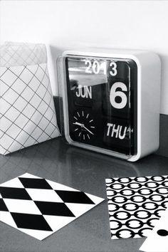 Reloj Calendario FLIP