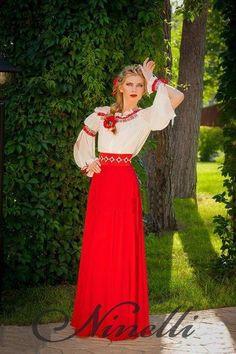 Сукні вишиванки в українському стилі · Сукня українська з вишивкою