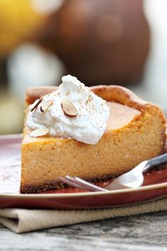 Decadent Dessert Recipe: Pumpkin Cheesecake w/ Graham Cracker Crust (I'd add a little vanilla flavoring to this too.).