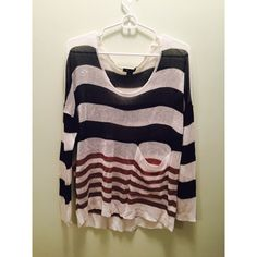 Meshy Sweater Striped sweater with pocket • Meshy, comfortable material. Sisters Sweaters