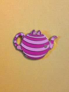 alice teapot pin set