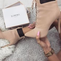 INSTASHOP : Simmi Shoes
