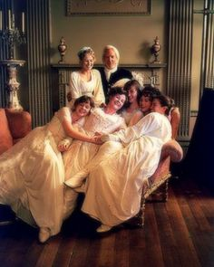 """I used to watch the Bennets with a kind of jealousy because they´re all running around and laughing and squeaking and having a fabulous time. Poor old Darcy is just looking put out all the time"". (MATTHEW MACFADYEN)."