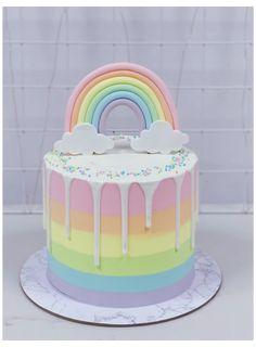 Rainbow First Birthday, Rainbow Food, Rainbow Cakes, Rainbow Pastel, Unicorn Rainbow Cake, Rainbow Baby, Rainbow Dash Cake, Rainbow Desserts, Cute Birthday Cakes