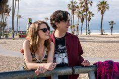 Love vuelve el 10 de marzo a las pantallas de la plataforma de streaming para que puedas pegarte una maratón. Judd Apatow y compañía volverán muy pronto a nuestras pantallas, cuando la amada serie Love estrene su segunda temporada el 10 de marzo por Netflix. Gillian Jacobs es Mickey, una joven intoxicada por la idea …