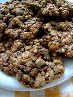 Gluten-Free Nutella Oatmeal Cookies: Ingredients  1/4 cup unsalted butter, softened/or 1/4 cup of apple sauce  1/2 cup sugar  1/2 cup brown sugar, not packed  2 eggs  1 1/4 tsp baking soda  1 tsp vanilla, gluten free  1/2 cup nutella  1/2 cup peanut butter  3 cups gluten free rolled oats  4 oz. chocolate chips  Bake 350