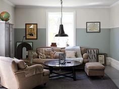 Hemma hos Strenghielm Väggfärg + ´fläder´ från Flügger Room Interior, Interior And Exterior, Nordic Living, Grey Walls, Sofa Furniture, Living Area, Living Rooms, Colorful Interiors, Simple Designs