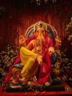 just relaxing    (Ganesh Idol by acharekar, via Flickr)