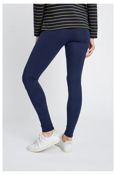 Stretch leggings. These classic leggings are everything you want them to be - soft, comfortable and long-lasting. 95% Organic Certified Cotton, 5% Elastane jersey.