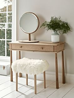Slim and elegant in shape, our Scandinavian-inspired dressing table has slender, tapered legs and a smooth slide drawer for storage. Crafted from blonde mellow oak and flawlessly finished, it has a subtle wood grain and rounded edges. Furniture, Interior, Dressing Table Mirror, Table Design, Table, Home Decor, Dressing Table With Stool, Relaxing Bedroom, Bedroom Furniture Sets