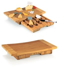 """""""Concavo"""" Bamboo-Wood Cheese Board with Cheese Tools"""