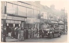 London-EAST-HAM-Fire-Brigade-at-Shop-Fire-220-High-St-North-c.1940's