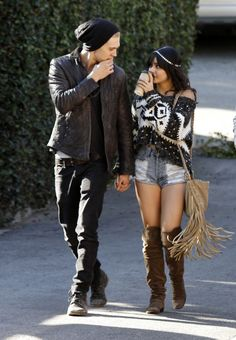 This is such a ballsy look. I don't think I could do it, but Vanessa Hudgens totally pulls it off.
