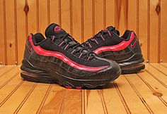 online store ac26b e8273 2012 Nike Air Max 95 Size 7Y - Black Pink - 310830 001