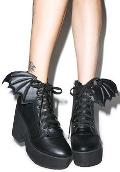 Iron Fist Bat Wing Platform Boots | Dolls Kill