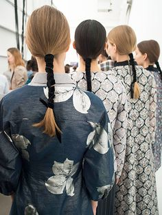 13 Hairstyles From New York Fashion Week We're Obsessed With – Hair Styles 2020 My Hairstyle, Ponytail Hairstyles, Pretty Hairstyles, Fashion Hairstyles, Ribbon Hairstyle, Makeup Hairstyle, Summer Hairstyles, Hairstyle Ideas, Catwalk Hair