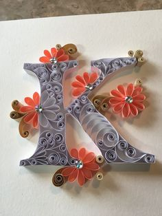 Letter K ♥ quilled Quilling Letters, Paper Quilling Cards, Paper Quilling Jewelry, Paper Quilling Designs, Quilling Craft, Paper Quilling For Beginners, Stylish Alphabets, Beautiful Flower Designs, Presents For Best Friends