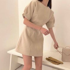 Find images and videos about fashion, aesthetic and ulzzang on We Heart It - the app to get lost in what you love. Korean Girl Fashion, Korean Fashion Trends, Ulzzang Fashion, Korean Street Fashion, Asian Fashion, Fashion Top, Cute Casual Outfits, Pretty Outfits, Pretty Dresses