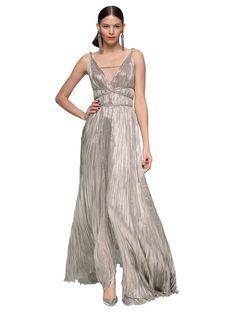 Oscar De La Renta Lame Pleated Goddess Gown in Gray (silver)