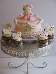 Hello Kitty cake and cupcakes! - by Sandra Caputo @ CakesDecor.com - cake decorating website