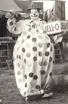 Felix Adler and Jell-o  http://clownpictures.info/felix-adler-photo-gallery/jello/  http://famousclowns.org/famous-clowns/felix-adler-biography/