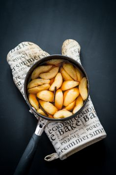Caramel Poached Pears by Bowie Cheong Caramel Pears, Best Food Photography, Food Porn, Poached Pears, Food Concept, Food Backgrounds, Food Obsession, Delicious Fruit, Yummy Food
