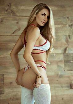 Amanda elise lee naked