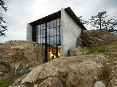 The Pierre / Olson Kundig Architects – Courtesy of the AIA © Benjamin Benschneider - San Juan Island, Washington State, USA