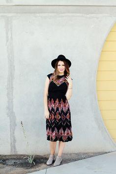 love this dress. http://www.thebeautymarkgirls.com/2014/09/20/weekend-wardrobe-10-year-reunion/