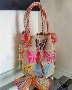 "39 Likes, 6 Comments - La Nostra Artesanal (@lanostraartesanal) on Instagram: ""Wayuu Bags 1Hebra  - Handmade - Original Wayuu @lanostraartesanal"""