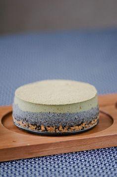 Such a fantastic blend of colours and Asian flavours at work here: Matcha Sesame Cheesecake. #food #cheesecake #matcha #green #tea #sesame #dessert #Asian