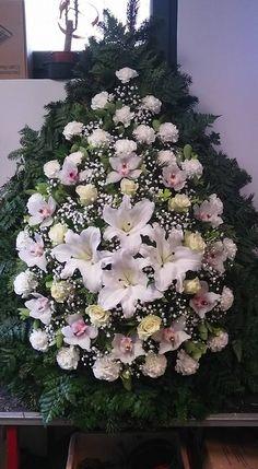 C.b.: I. L. Funeral Flower Arrangements, Beautiful Flower Arrangements, Funeral Flowers, Floral Arrangements, Flower Art Images, Flower Pictures, Flower Spray, My Flower, Dried Flowers