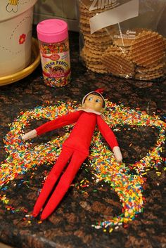 Elf on The Shelf Favorites.  Elf on the Shelf ideas.  Easy Elf on the Shelf ideas for toddlers.  Fun Elf on the Shelf ides.  #ElfOnTheShelf #EOTS
