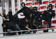 FOOTBALL -  Violences au stade de Nice: le parquet fait appel de la peine avec sursis d'un Stéphanois - http://lefootball.fr/violences-au-stade-de-nice-le-parquet-fait-appel-de-la-peine-avec-sursis-dun-stephanois/