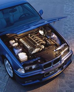 Few things make a BMW fan's heart beat faster than six-cylinder Think you know everything about them? Check for… Top collection of beautiful BMWs E36 Coupe, Bmw M3 Coupe, Bmw E30 M3, Bmw Alpina, Bmw 318i, M3 Cabrio, Carros Bmw, Bmw Engines, Bmw Vintage