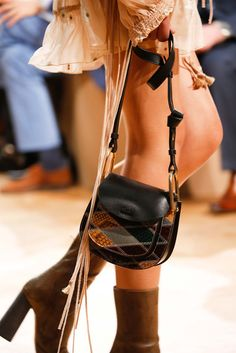 The Chlo¨¦ Fall 2015 accessories collection \u2013 Goldie double carry ...