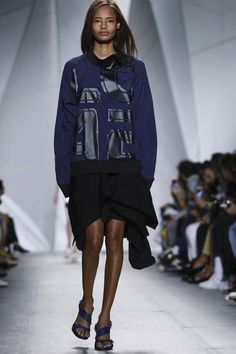 Lacoste Ready To Wear Spring Summer 2015 New York Live Fashion, Fashion Show, Spring Summer 2015, Lacoste, Runway Fashion, Adidas Jacket, Ready To Wear, Fashion Photography, Graphic Sweatshirt