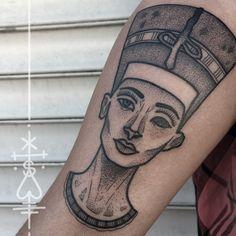 """""""nefertiti for d'nise! thanks, again! #nefertiti #dotwork #dots #egyptian #queen…"""